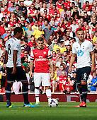 Arsenal defeat Spurs