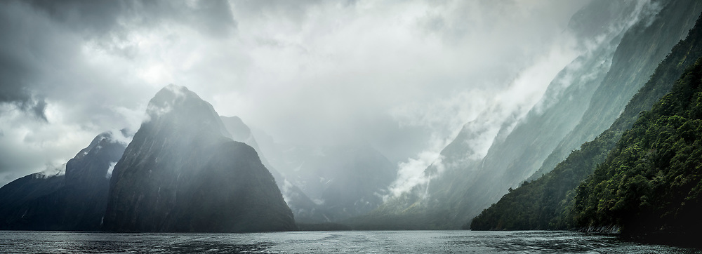 Panoramic of the Pembroke glacial valley in Milford Sound, Fiordland National Park
