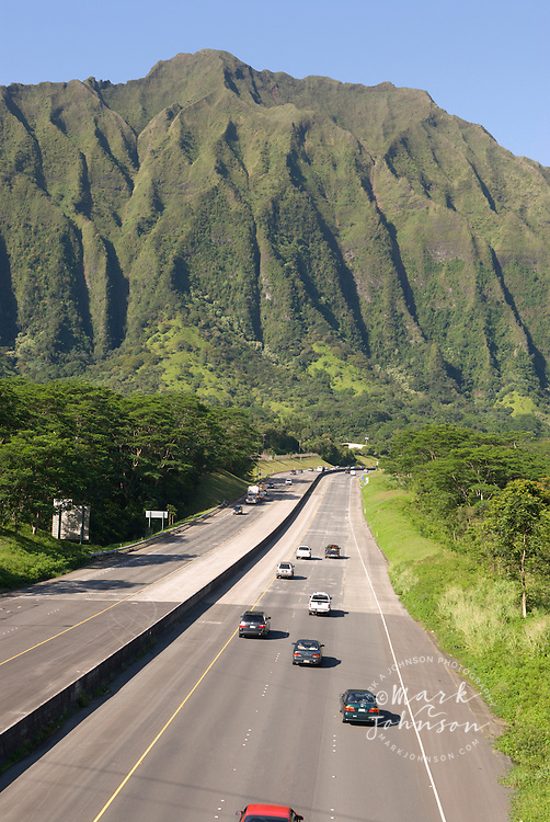 Interstate highway H-3 & Koolau Mountains, Oahu, Hawaii