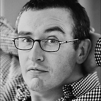 STEVE COOGAN, GLASGOW, SCOTLAND, 2001..PIC © JEREMY SUTTON-HIBBERT 2001..MOBILE TEL. +44-7831-138817.TEL/FAX. +44-141-649-2912..******FOR ONE TIME USE ONLY. EACH SUBSEQUENT REPRODUCTION WILL INCUR A FEE. ALL RIGHTS RESERVED.*****