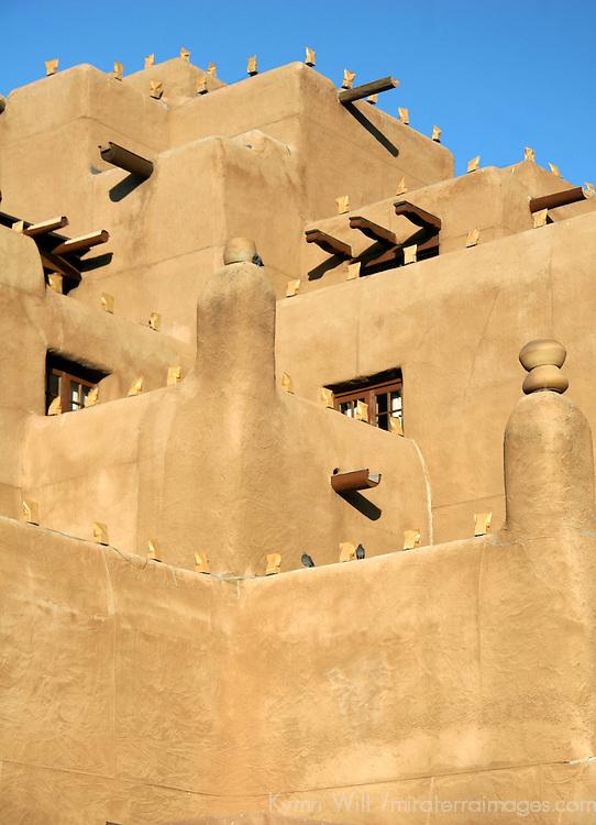 North America, USA, New Mexico, Santa Fe. Adobe Inn at Loretto