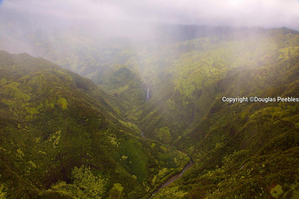 Manawaipuni Falls, Kauai, Hawaii