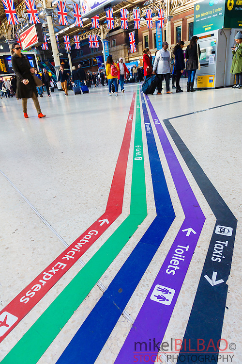 Lines leading to assorted facilities. Brighton side concourse in Victoria Station. London, England, United kingdom, Europe.