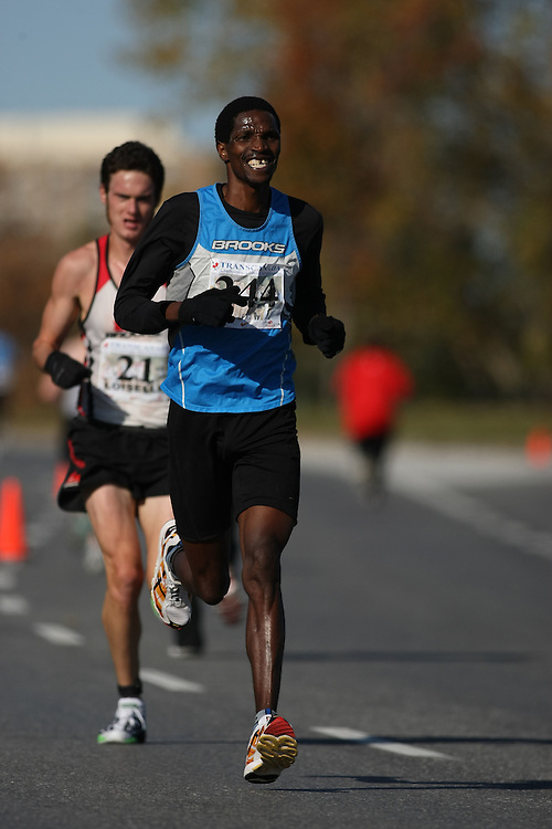 (Ottawa, ON---18 October 2008) GIITAH MACHARIA competes in the 2008 TransCanada 10km Canadian Road Race Championships. Photograph copyright Sean Burges/Mundo Sport Images (www.msievents.com).