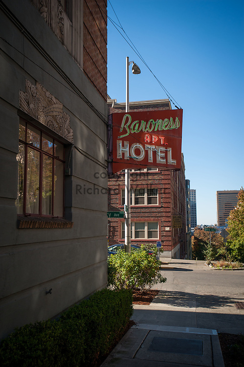 2016 October 11 - Baroness Apt. Hotel neon sign, First Hill, Seattle, WA, USA. By Richard Walker