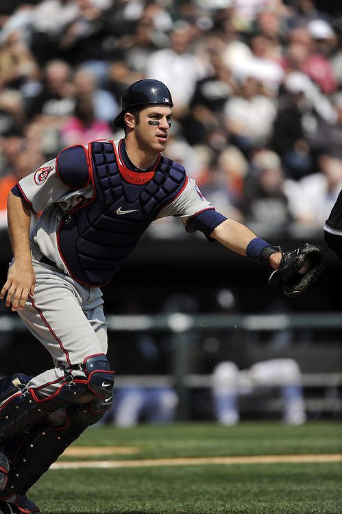 CHICAGO - APRIL 10:  Joe Mauer #7 of the Minnesota Twins catches against the Chicago White Sox on April 10, 2010 at U.S. Cellular Field in Chicago, Illinois.  The Twins defeated the White Sox 2-1.  (Photo by Ron Vesely)