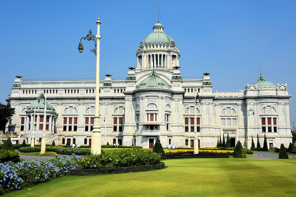 Ananta Samakhom Throne Hall in Bangkok, Thailand  Encircle Photos