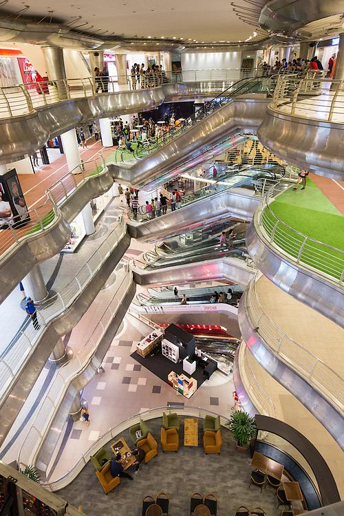 Asia, Malaysia, Kuala Lumpur, Interior of massive and largely empty shopping mall at Bukit Bintang