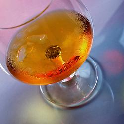 Cognac in a glass. Photographe: Marc Lapointe, Sainte-Thérèse, Blainville, Québec. Studio de photo marclapointephoto.