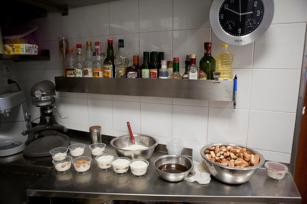artisan commercant - saveurs et délices d'italie - en cuisine