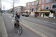 In Utrecht rijden fietsers tegen de forse wind in.<br /> <br /> In Utrecht cyclists are riding with head wind.
