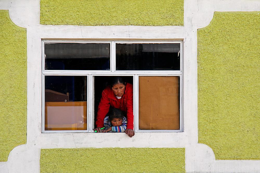 Sout America, Peru, Ayaviri. Local villagers of the high Andes, in Ayaviri.