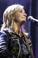 Mellissa Etheridge in concert