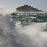 Coup de Mistral-Heavy wind on Marseille.