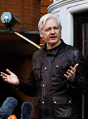 2017-05-19 Julian assange addresses press after dropping of Swedish rape charges-2