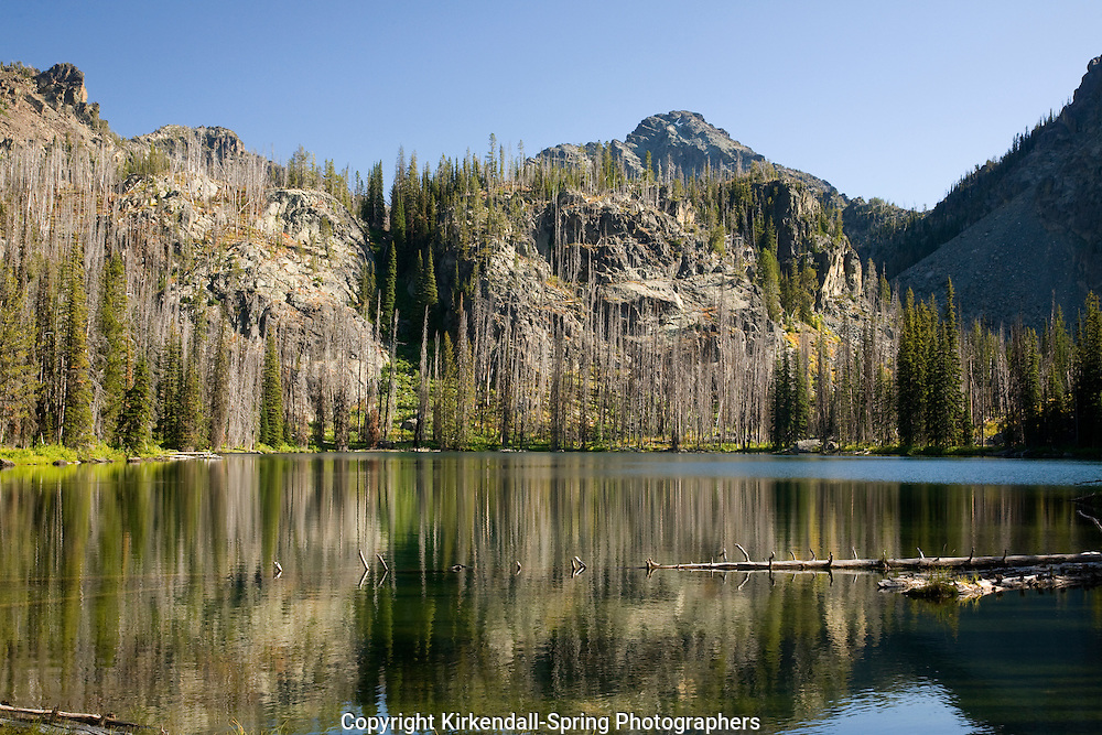 ID00118-00...IDAHO - Echo Lake and He Devil in the Seven Devils Mountains of the Seven Devils - Hells Canyon Wilderness area.