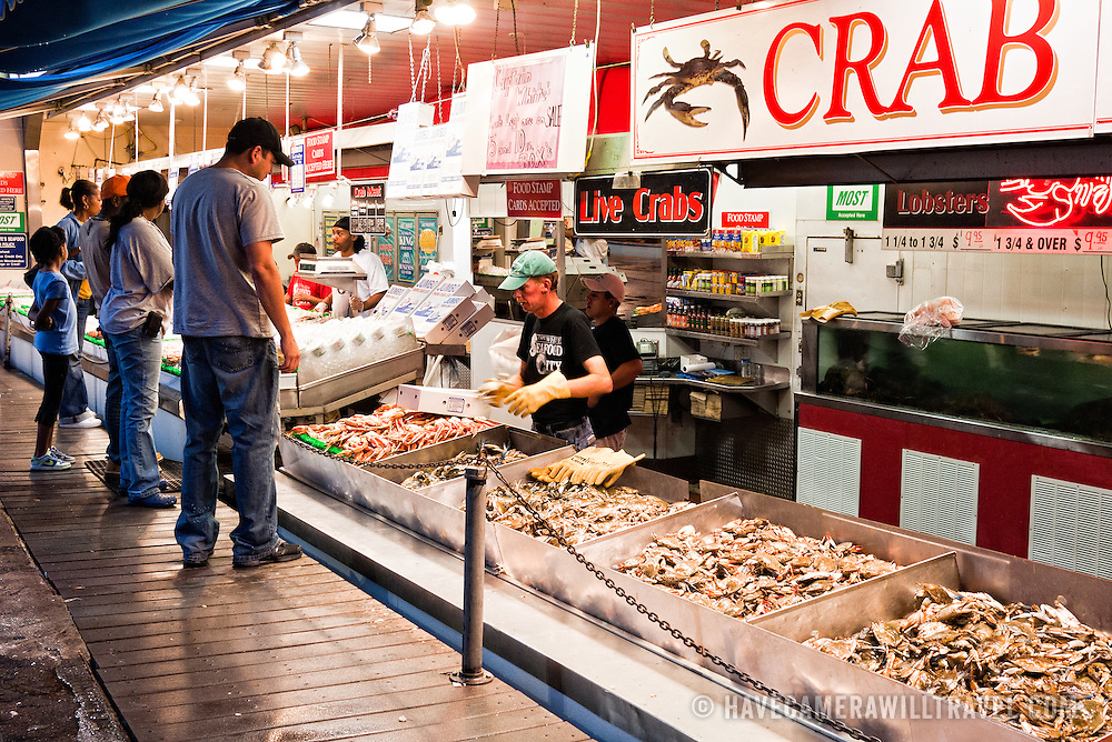 Maryland fish stores for Maine avenue fish market