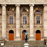 Europe, Germany, Munich. Bavarian State Chancellery or<br /> Bayerische Staatskanzlei in Munich.
