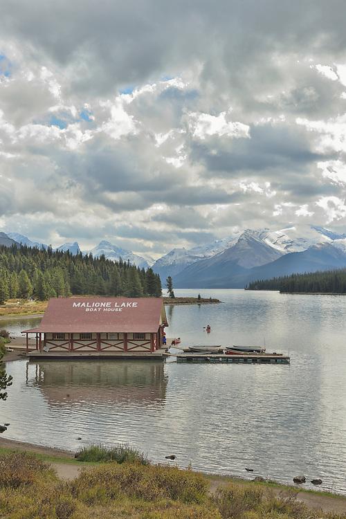 Maligne Lake, Jasper National Park, Canadian Rockies,UNESCO,World Heritage,Alberta,Canada