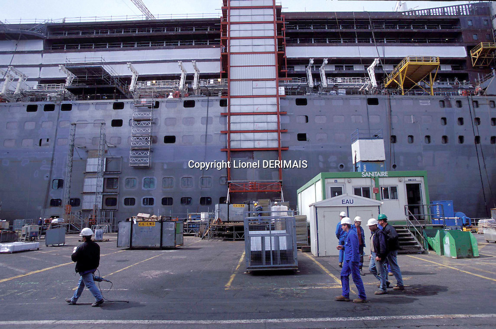 Queen Mary 2 under construction in the Chantiers de l'Atlantique in Saint-Nazaire, France in 2003.