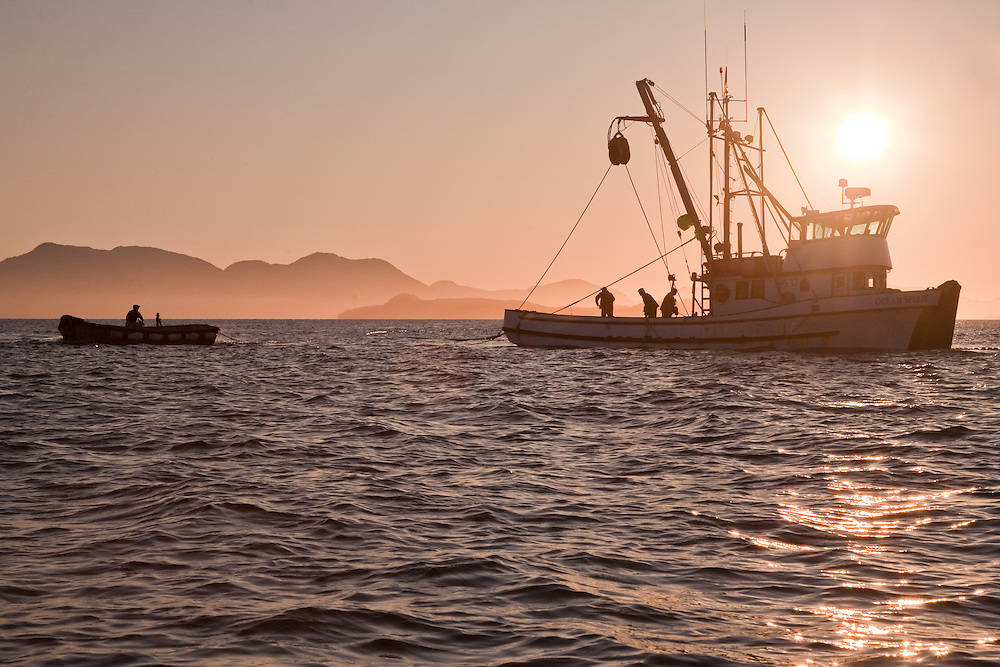 The sein boat ocean spirit fishes south of ketchikan for Circle fishing boat