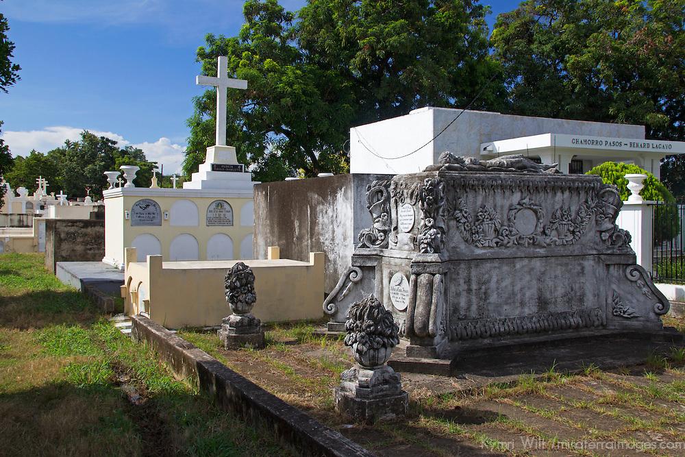 Central America, Nicaragua, Granada. Cemetary of Granada.