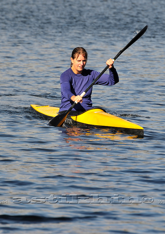 Georgianna paddling K-1