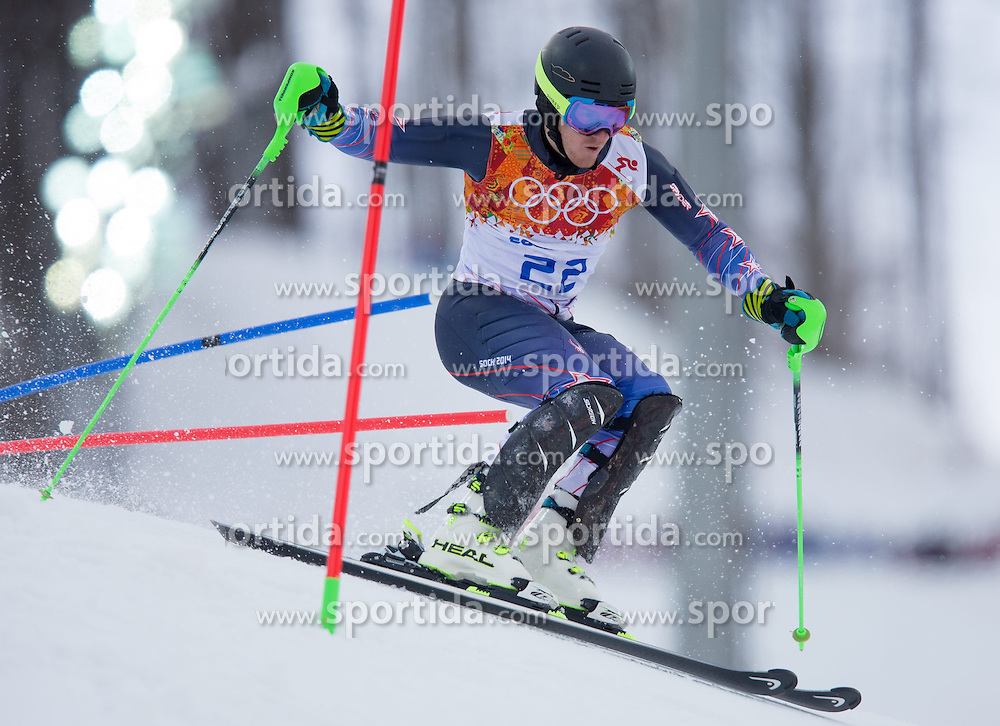 14.02.2014, Rosa Khutor Alpine Center, Krasnaya Polyana, RUS, Sochi 2014, Super- Kombination, Herren, Slalom, im Bild Ted Ligety (USA) // Ted Ligety of the USA in action during the Slalom of the mens Super Combined of the Olympic Winter Games 'Sochi 2014' at the Rosa Khutor Alpine Center in Krasnaya Polyana, Russia on 2014/02/14. EXPA Pictures © 2014, PhotoCredit: EXPA/ Johann Groder