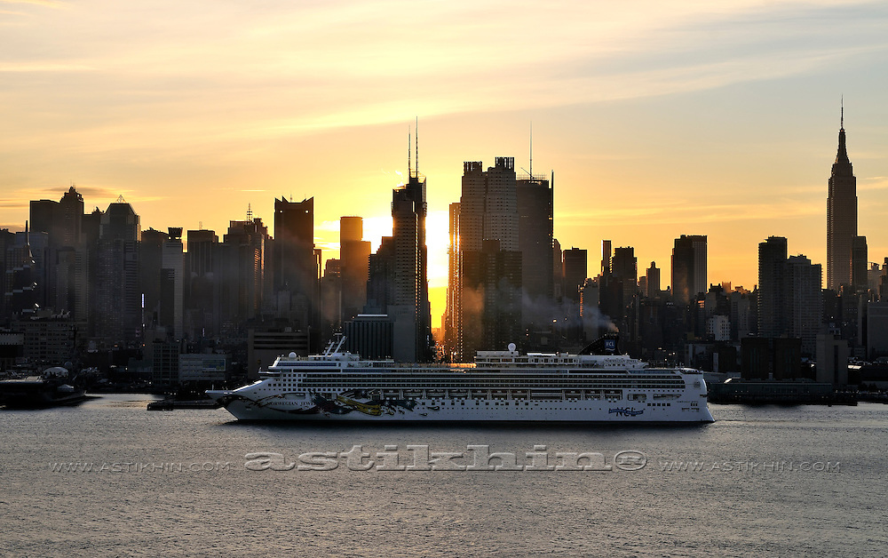 """Norwegian Jewel"" cruise ship in Manhattan, New York."