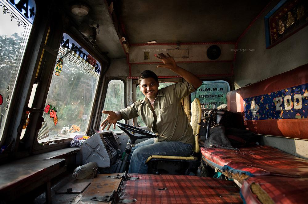 India Trucks Kerala 38 Jpg Sephi Bergerson Archive