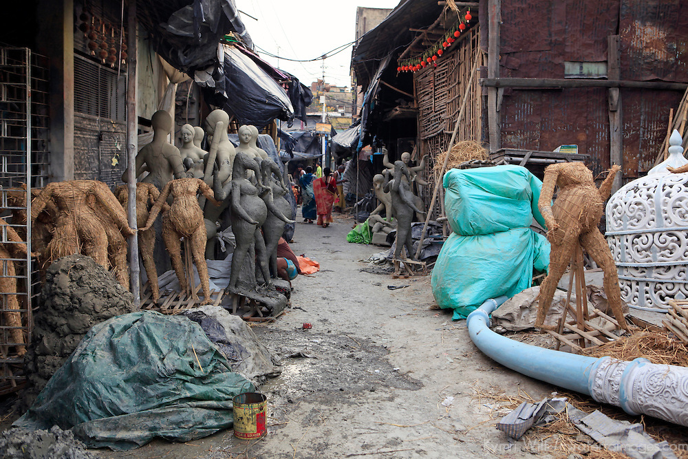 Asia, India, Calcutta. Street scene from the potter's village of Kumartuli in Calcutta.