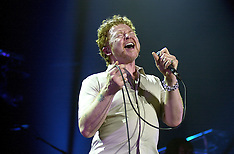 2003-05-03_Mick Hucknall Simply Red