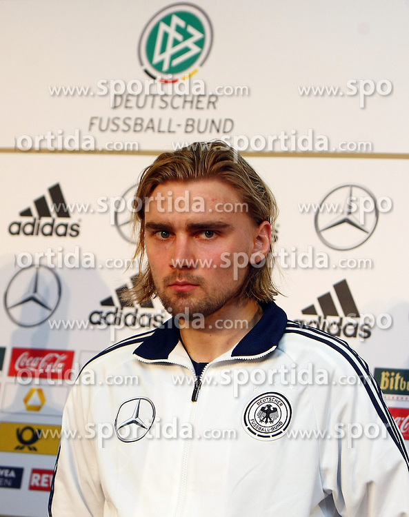 20.03.2013, Kleine Kampfbahn, Frankfurt, GER, FIFA WM Qualifikation, DFB Pressekonferenz, im Bild, Narcel Schmelzer // during an press conference of German Footballteam DFB // before the FIFA World Cup Qualifier at the Kleine Kampfbahn, Frankfurt, Germany on 2013/03/20. EXPA Pictures © 2013, PhotoCredit: EXPA/ Eibner/ Bildpressehaus..***** ATTENTION - OUT OF GER *****