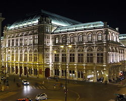 Staatsoper by Night, Vienna