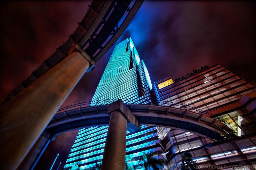 Miami Tower & Metromover Rails