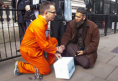2015-03-17 Marathon running doctor delivers Guantanamo Petition to Downing Street