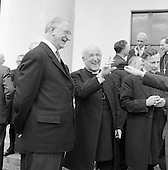 1961-27/04 British Churchmen at Áras an Uachtarain