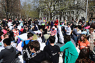 20160402 - Pillow Fight Day - BS1089