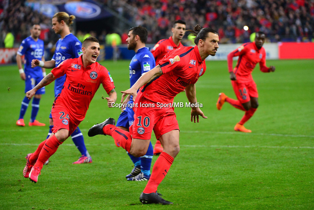 Joie Marco Verratti /  Zlatan IBRAHIMOVIC - 11.04.2015 -  Bastia / PSG - Finale de la Coupe de Ligue 2015<br />