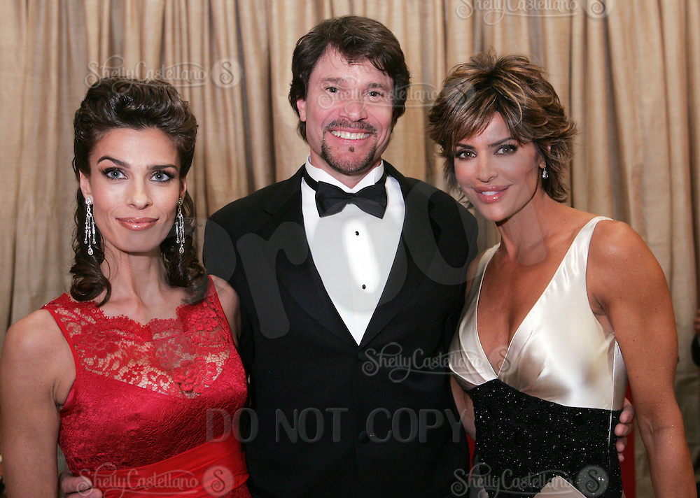 28 April 2006: Soap Opera stars Kristian Alfonso, Peter Reckell and Lisa Rinna of General Hospital in the exclusive behind the scenes photos of celebrity television stars in the STAR greenroom at the 33rd Annual Daytime Emmy Awards at the Kodak Theatre at Hollywood and Highland, CA. Contact photographer for usage availability.