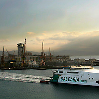 Barcelona, 05/07/2005 -Balearia Ferrys Company. The new ferry Jaume I, living the port of Barcelona - © Vicens Gimenez