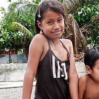 Teen Kuna Indian