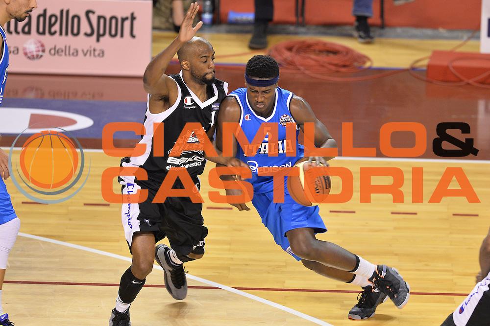 DESCRIZIONE : Ancona Beko All Star Game 2013-14 Beko All Star Team Italia Nazionale Maschile <br /> GIOCATORE : Abass Awudu<br /> CATEGORIA : Palleggio<br /> SQUADRA : All Star Team Italia Nazionale Maschile <br /> EVENTO : All Star Game 2013-14 <br /> GARA : Italia All Star Team <br /> DATA : 13/04/2014 <br /> SPORT : Pallacanestro <br /> AUTORE : Agenzia Ciamillo-Castoria/I.Mancini<br /> Galleria : FIP Nazionali 2014 <br /> Fotonotizia : Ancona Beko All Star Game 2013-14 Beko All Star Team Italia Nazionale Maschile Predefinita :