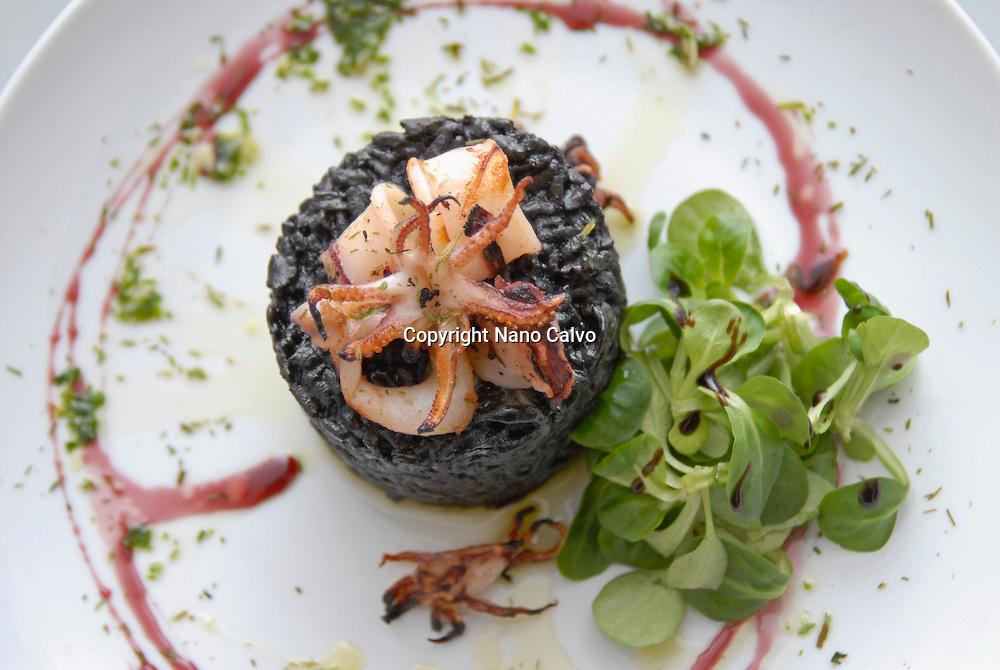 Creative and colorful black rice in El Hall restaurant, Ibiza Photo by Nano Calvo - VWPics.com