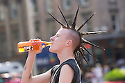 Gavin Rosie. Weather pics in George Square..©2007 Michael Schofield. All Rights Reserved.
