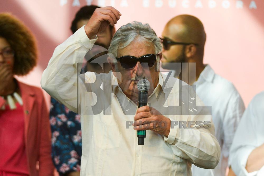 BRASILIA, DF – 16.12.2015 – DILMA-DF – O ex presidente do Uruguai, José Alberto Mujica durante a abertura da 3ª Conferência Nacional da Juventude na área externa do Estádio Nacional Mané Garrincha em Brasília, nesta quarta-feira, 16. (Foto: Ricardo Botelho/Brazil Photo Press)