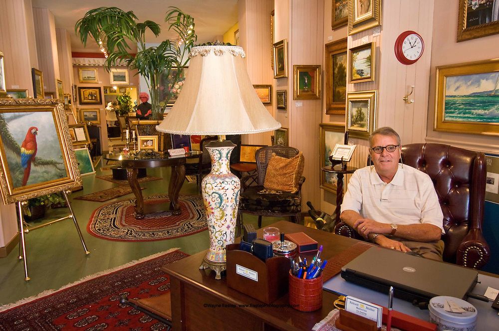 Art Gallery owner, Sarasota, FL