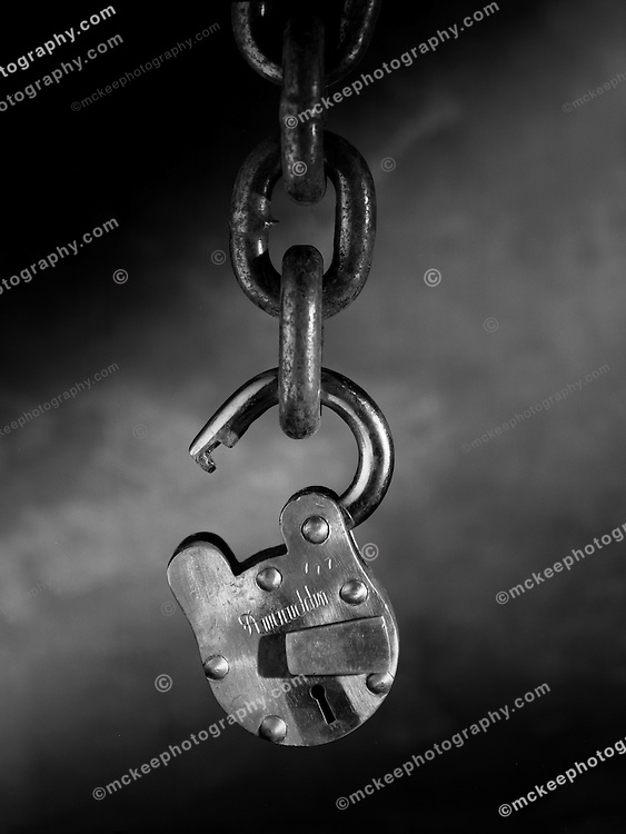Unlock matt mckee creative corporate photography - How to open chain lock ...