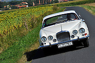 10/08/12 - ENNEZAT - PUY DE DOME - FRANCE - Essais JAGUAR MK10 de 1962 - Photo Jerome CHABANNE