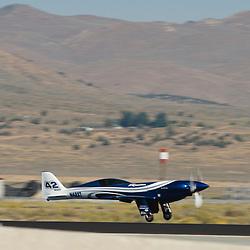 Photographies des diff&eacute;rents avions et warbirds participant au Reno National Air Races &amp; Airshow. Le suivi de l'&eacute;quipe Big Frog Pylon Racing Team &agrave; fait l'objet d'un reportage &agrave; part.<br /> Septembre 2011 / Reno Stead / Nevada / USA